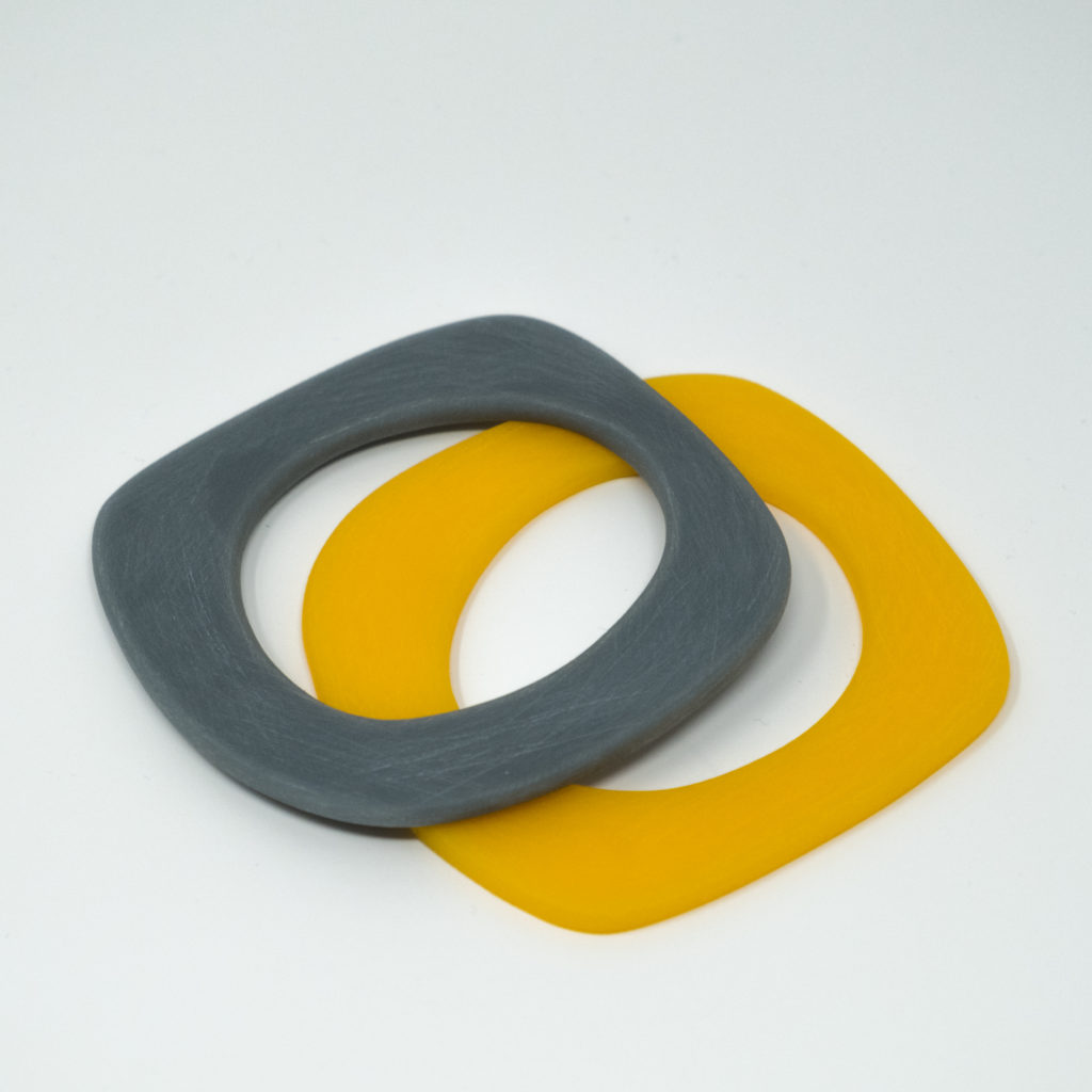Bronwen Gwillim grey and yellow bangle